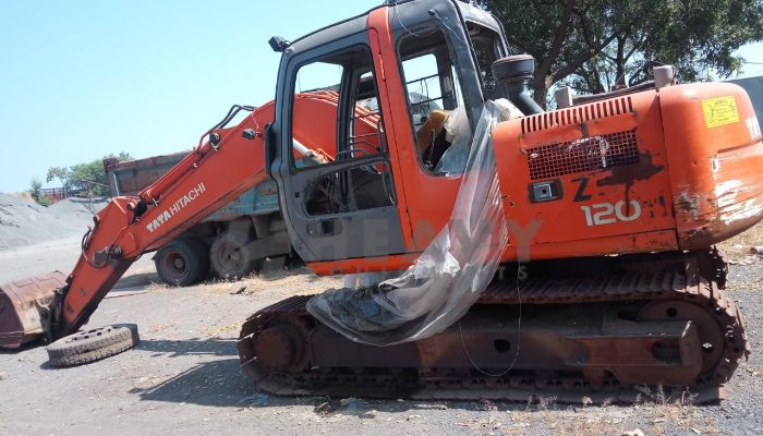 TATA Zaxis 120H
