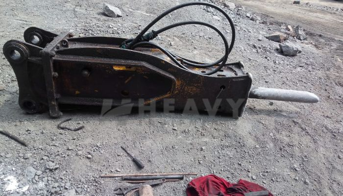 used tata hitachi excavator in valsad gujarat tata ex110 with breaker he 2010 1265 heavyequipments_1544697440.png