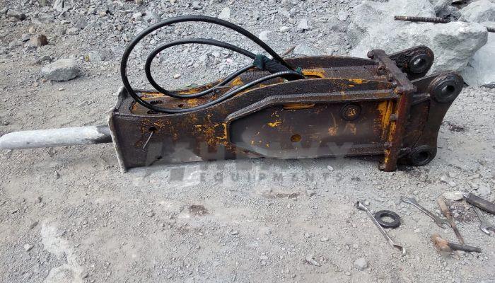 TATA EX110 with breaker