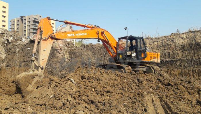 used tata hitachi excavator in valsad gujarat tata zaxis200 he 2016 1277 heavyequipments_1545194123.png
