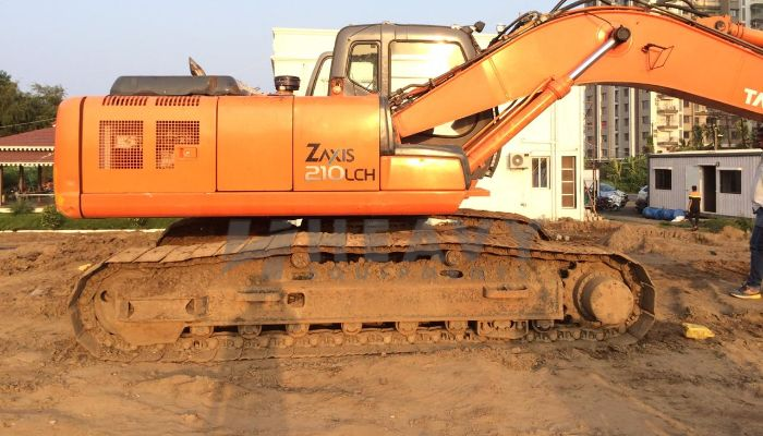 used tata hitachi excavator in valsad gujarat zaxis 210 he 2013 1289 heavyequipments_1545463213.png