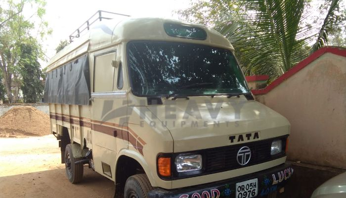Used TATA 407