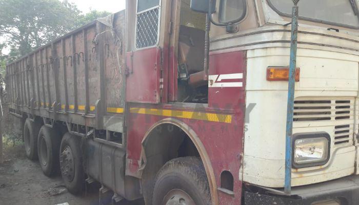 used tata trucks in hajira ina gujarat tata 3118 truck he 2009 1237 heavyequipments_1543558001.png