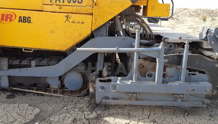 used titan paver in jhansi uttar pradesh 9meter paver he 2002 475 heavyequipments_1525777198.png