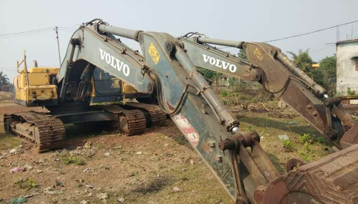 Used Volvo 210 for Sale